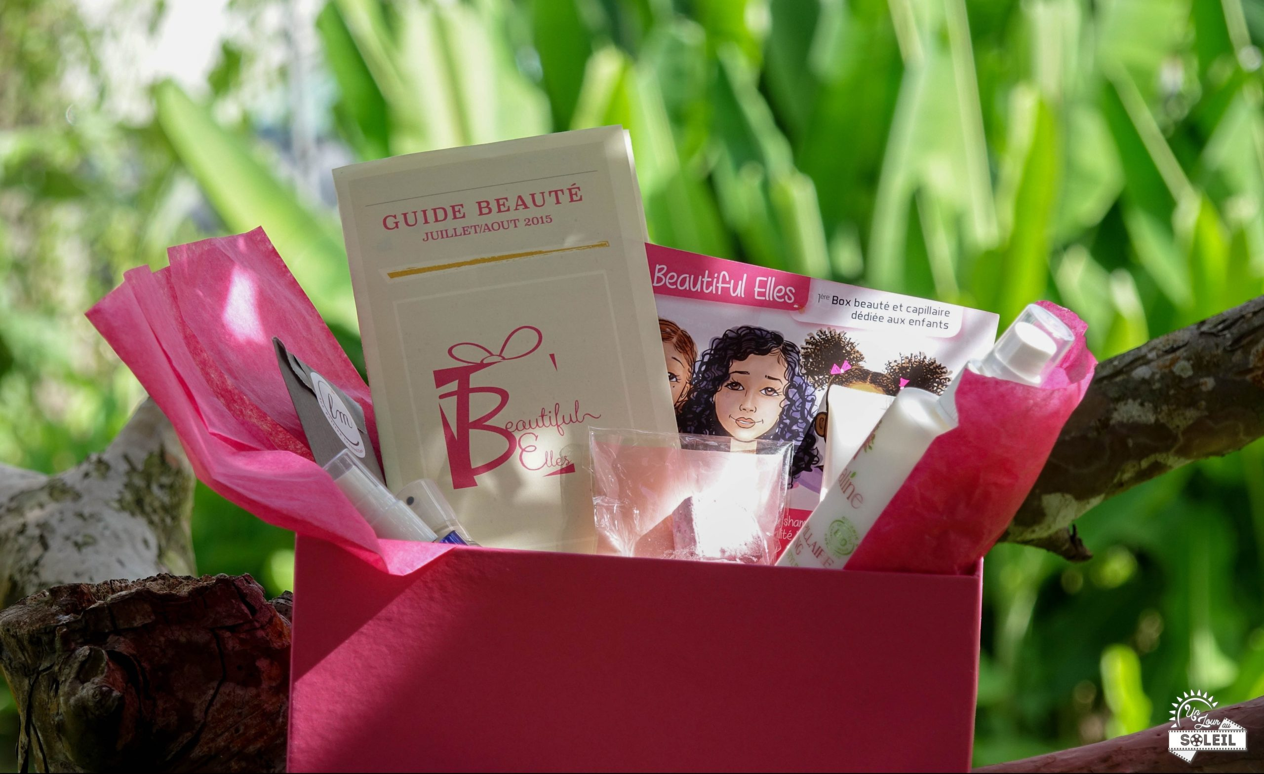 BYTHM #4: Beautiful Elles SUMMER Box